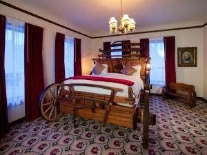wagon wheel room mizpah hotel arizona
